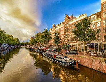 Amszterdam- Lelkiismeretes személyíségtípus