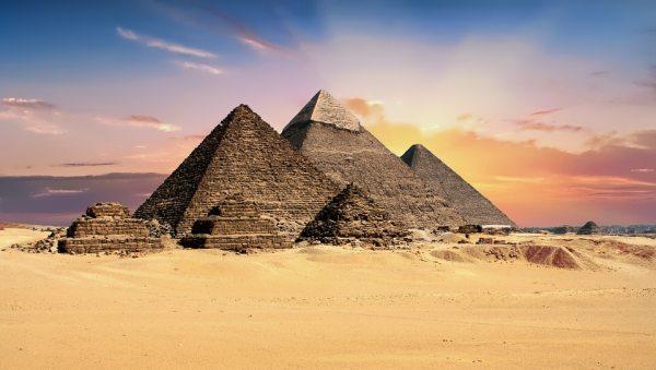 A Gízai-piramis sokak számára lehet a bakancslista egy pontja!