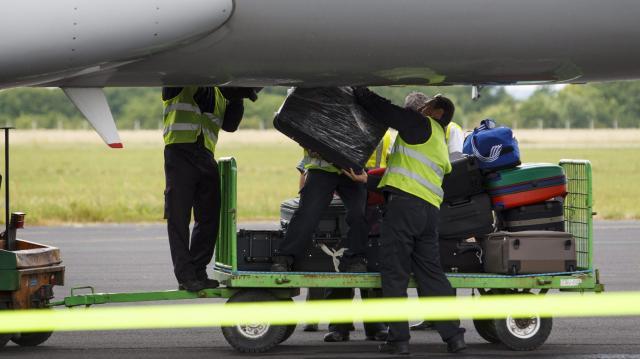 bőrönd lopás ferihegyen