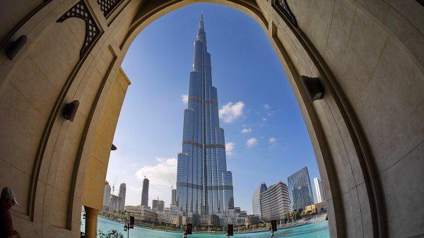 Dubai látnivalók között a Burj Khalifa az első
