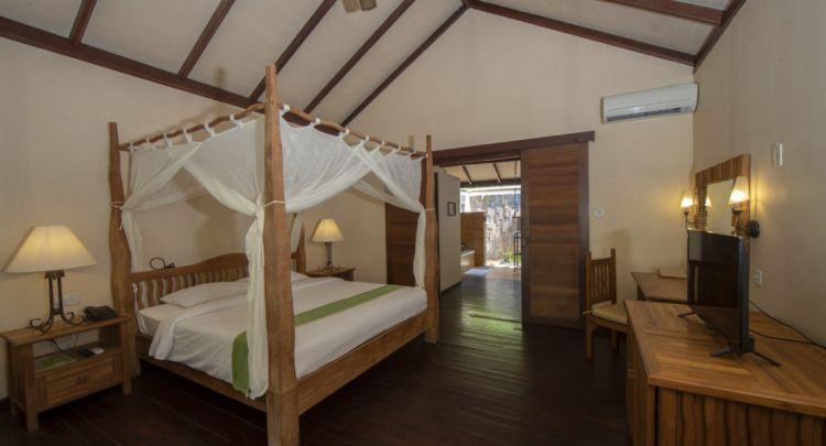 maldiv-filitheyo-island-resort-deluxe-5