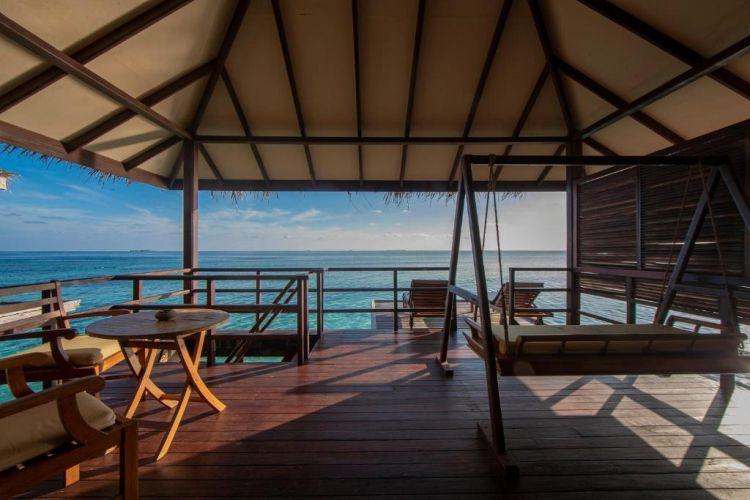 maldiv-filitheyo-island-resort-vizivilla-1