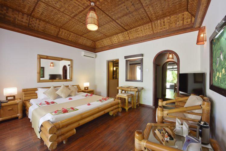 maldiv-szigetek-angaga-beach-bungallo-1