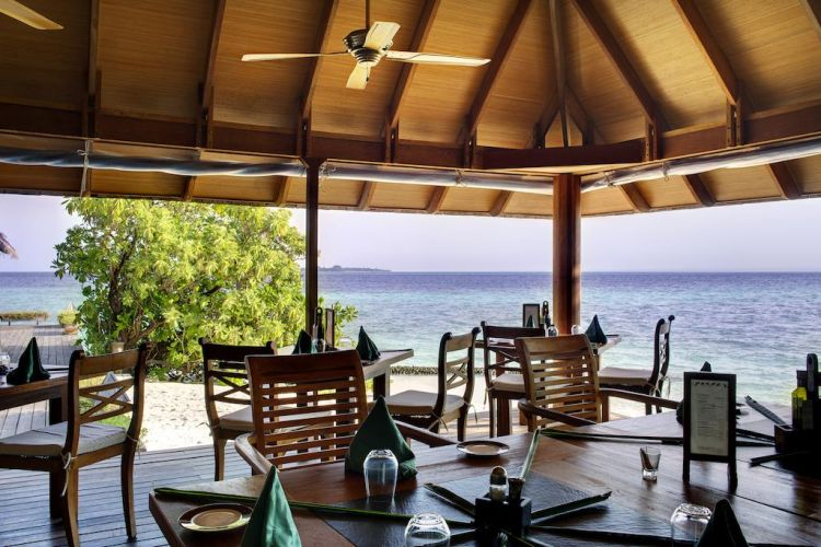 maldiv-szigetek-gangehi-island-resort-14
