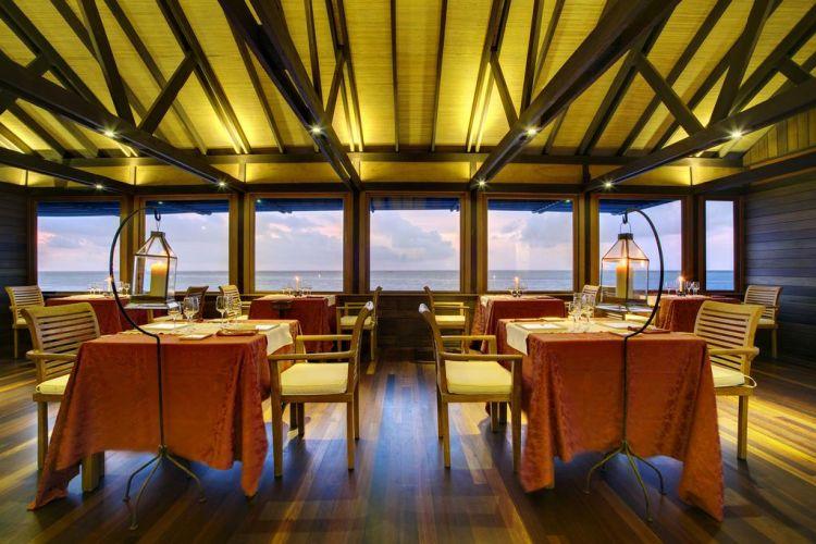 maldiv-szigetek-gangehi-island-resort-16