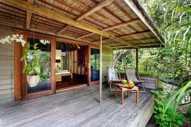 maldiv-szigetek-gangehi-island-resort-garden-villa-1