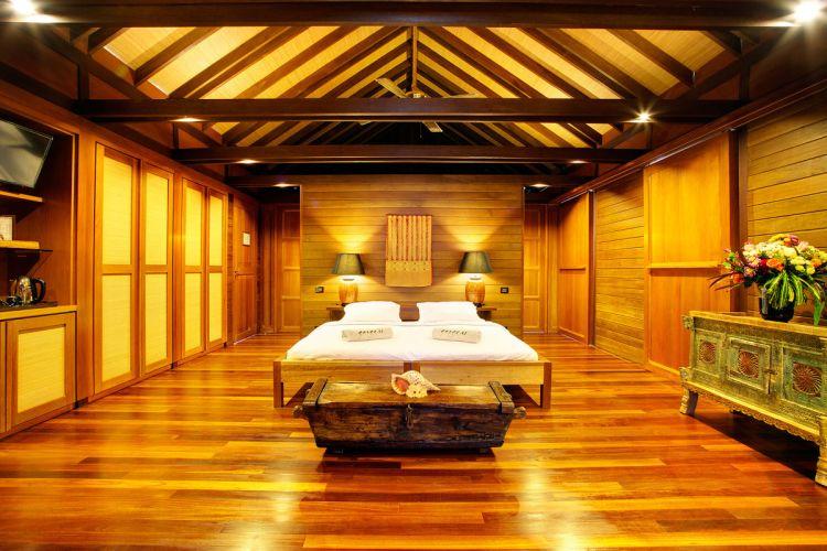 maldiv-szigetek-gangehi-island-resort-vizi-villa-deluxe-3
