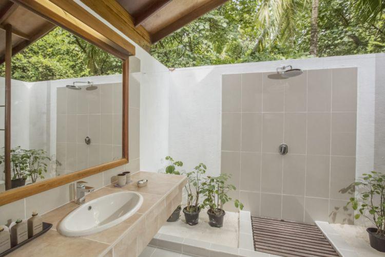 maldiv-szigetek-reethi-beach-resort-deluxe-villa-1