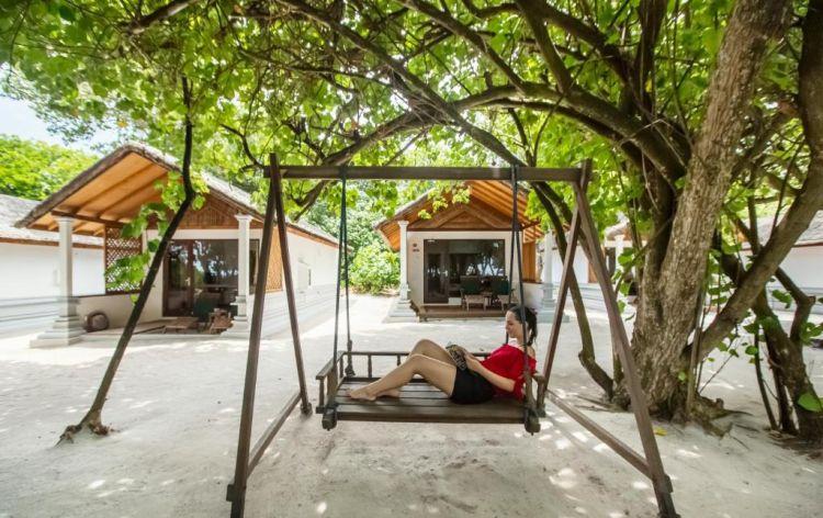 maldiv-szigetek-reethi-beach-resort-deluxe-villa-4
