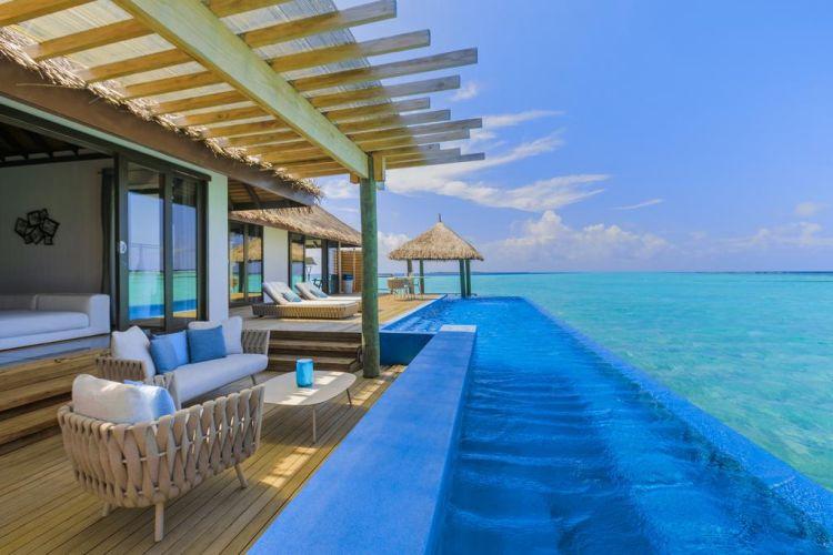 maldiv-szigteek-velassaru-vizi-villa-medencevel-3
